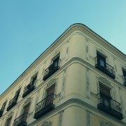 comprar casas sin licencia de primera ocupación